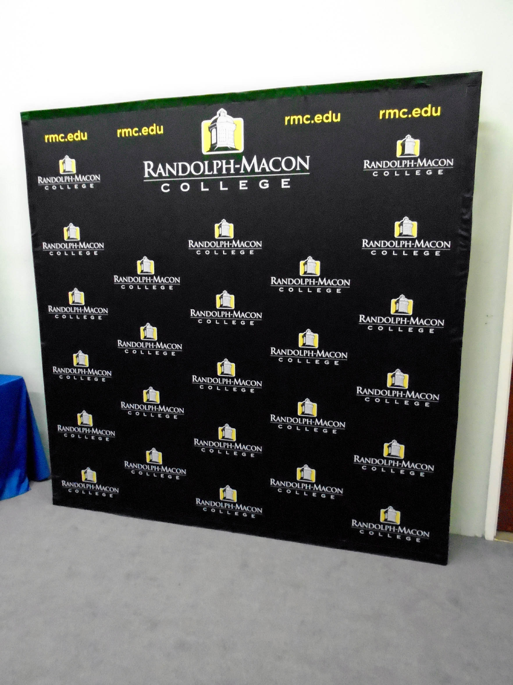 8ft Tension Fabric Media Backdrop Pop Up Display Step